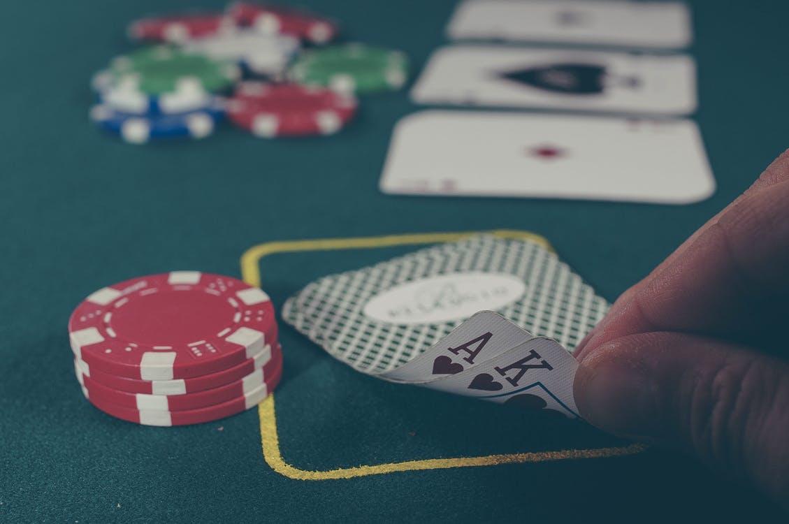 How to make japanese slot machine take quarters